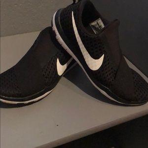 Nike slip on runners